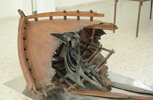 MICHELE COSSYRO Metafora la barca situazione 76  1976